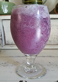 Gingerberry Peach + Protien Smoothie